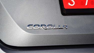 Toyota Corolla saloon badge