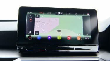 SEAT Leon hatchback - navigation
