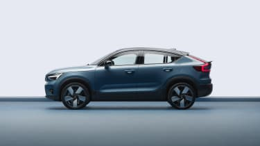 2021 Volvo C40 Recharge - side on view
