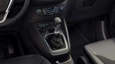 Ford Tourneo Courier gearlever