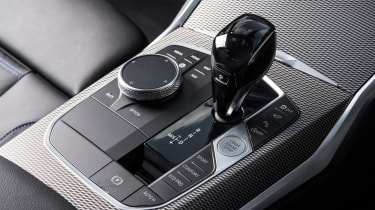 BMW 3 Series Touring gearlever and iDrive controller
