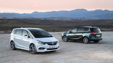 The latest Vauxhall Zafira Tourer in contrasting colours