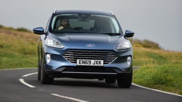 Ford Kuga cornering - front view