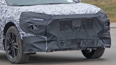 Ford Mondeo SUV front end - camouflaged
