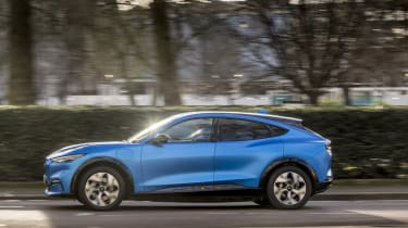 Ford Mustang Mach-E SUV side panning