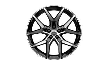 Engineered by Polestar wheel design