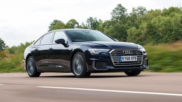 Audi A6 saloon front 3/4 tracking 2