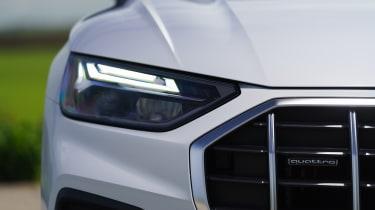 Audi Q5 headlight