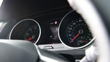 Volkswagen Tiguan SUV gauges