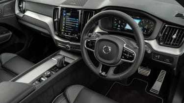 Volvo XC60 SUV steering wheel