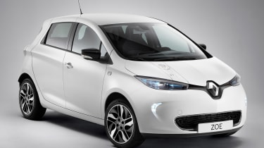 Renault ZOE Star Wars – Han Solo may be happier behind the control yoke of a Corellian light freighter than a small electric hatchback, but that hasn't prevented Renault from dedicating a special-edition ZOE to Star Wars. Yes, the ZOE