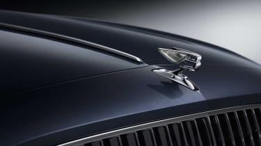 2019 Bentley Flying Spur - Bentley badge close up
