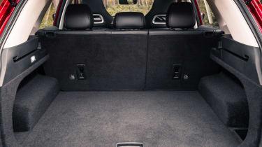 MG HS SUV boot