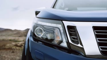 2019 Nissan Navara - headlights and grille close up