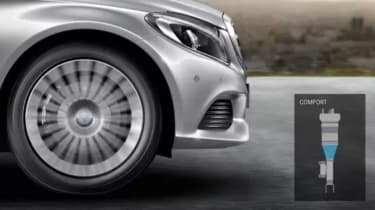 Mercedes C-Class saloon 2014 side tracking