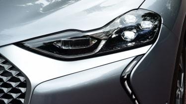 DS 3 Crossback E-Tense SUV headlights