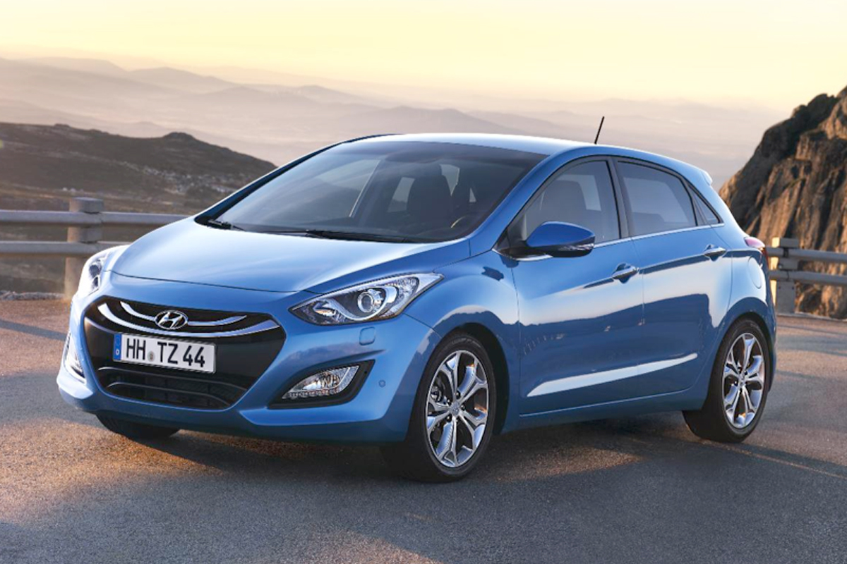 Hyundai i30 Style review   Carbuyer