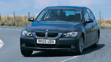 2005 BMW 3 Series cornering