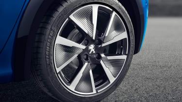 Peugeot e-208 alloy wheel