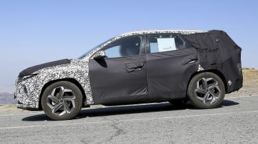 Hyundai Tucson spy shot - side view