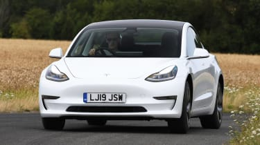 2019 Tesla Model 3 - dynamic front 3/4