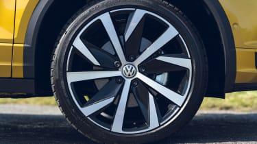 Volkswagen T-Roc Cabriolet wheel