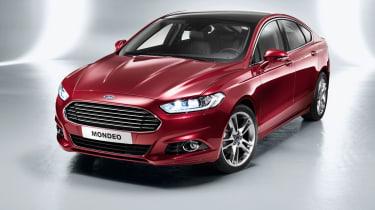 Ford Mondeo hatchback 2014 front quarter