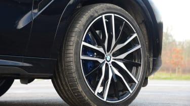 New BMW X6 2020 - wheel