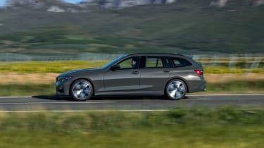2019 BMW 3 Series Touring - side view dynamic