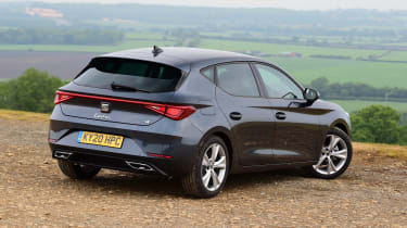 SEAT Leon hatchback - rear 3/4 static