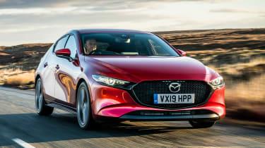 Mazda3 hatchback front 3/4 tracking