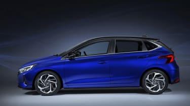 New Hyundai i20 leaked - side