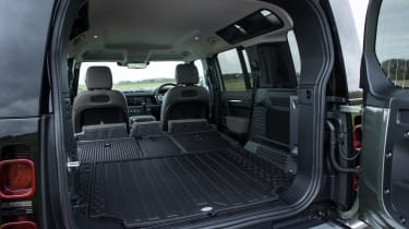 Land Rover Defender 110 - bootspace with all seats folded down