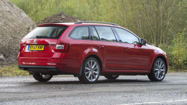 2017 Skoda Octavia Estate - rear 3/4 static