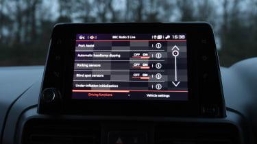 Citroen Berlingo MPV touchscreen