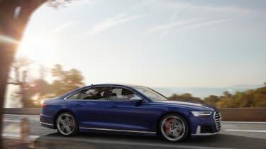 2019 Audi S8 dynamic 3/4 front