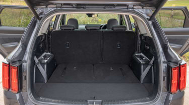 2020 Kia Sorento SUV - boot space