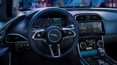 2020 Jaguar XE facelift cockpit