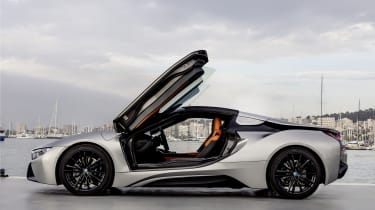 However, thanks to its plug-in hybrid power system, the i8 has another trick up its sleeve