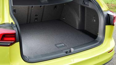 Volkswagen Golf Estate boot