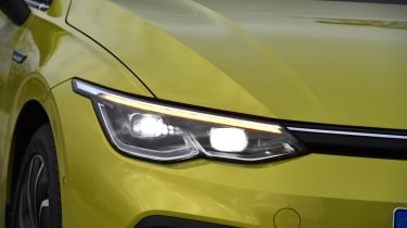 2020 Volkswagen Golf - headlights close-up