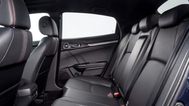 2020 Honda Civic Sport Line - rear seats