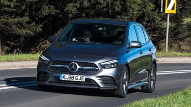 Mercedes B-Class MPV front action