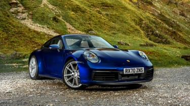 Porsche 911 coupe front 3/4 static