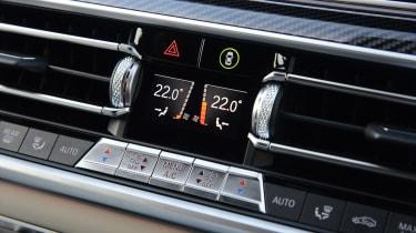 New BMW X6 2020 - interior temperature controls