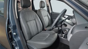 Dacia Duster SUV 2013 interior