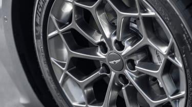 Genesis G80 saloon alloy wheels