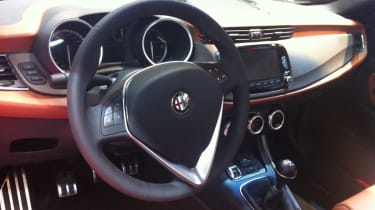 Alfa Romeo Giulietta 2014 interior