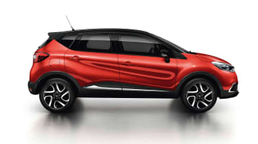 Updates to the Renault Captur will make its design closer to the Kadjar and add a glass roof to its options list