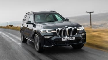 BMW X7 SUV front 3/4 action
